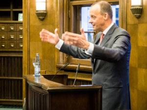 Friedrich Merz im WArburg-Haus 2018